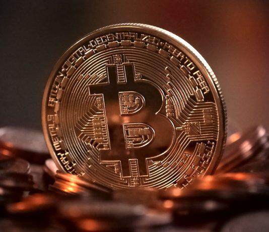 Bitcoin wzrósł o 7%