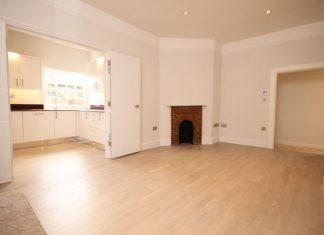 Niewielkie mieszkanie gotowe na wielkie wizyty - sprawdź jak je urządzić