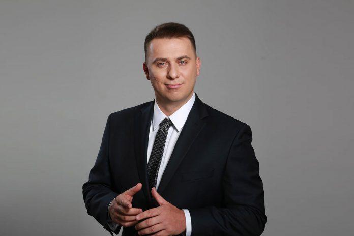 Filip Aryanowicz - Vice President, COO at Bisar I Sales & HR Director